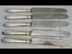 Y571 H1 Régi ezüst nyelű kés készlet 5 db
