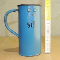 """""""5 dl""""-es kék zománcos fém, hitelesített mérőpohár"""