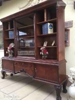 Antik bútor, Barokk könyvszekrény felújított.