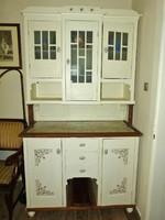Meseszép vintage antik konyhaszekrény kredenc felújítva