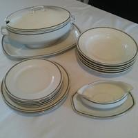 Elegáns, görög mintás porcelán étkészlet, levesestál, sültestál és szószos