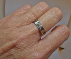 Szép régi fényes,gyémánt metszett ezüstgyűrű