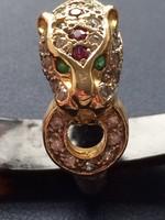 18 K Cartier jellegű párduc gyűrű brill rubin smaragd kövekkel