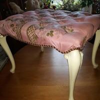 Antik barok törtfehér puff 59x45x43cm