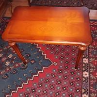Warrings salzburg kis asztalka 66x40x54cm