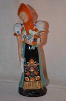 Nagy méretű lány figura virág csokorral  ( 29,5 cm )  ( DBZ 00101 )