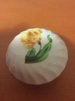Herendi kis bonbonier, irisz virág dekorral