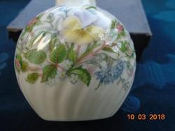 AYNSLY WILD TUDOR (Vadvirágos Tudor) csavart bordázott váza-13 cm