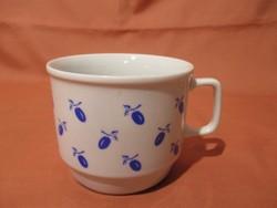Szilvás Zsolnay bögre, csésze