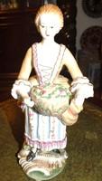 HÚSVÉTRA  Meisseni jelzéssel, Virág kosaras lány