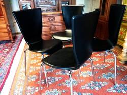 Dán dizájn, 4 db bőr retro szék