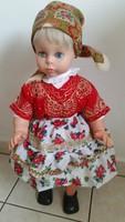 Baba eladó! Román népviseletbe öltözött járó baba eladó!