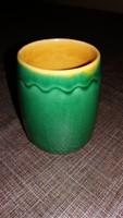 Kis zöld kerámia pohár vagy váza