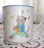 Macska zenészekkel díszített porcelán bögre