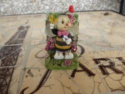 Gyönyörű szép kis figura, Gyönyörű méhecske lány figura