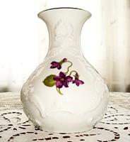 Kézzel festett, ibolya mintás váza