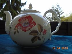 AUGARTEN festményszerű virágokkal, különleges dombornövénnyel ivory gömbölyded teás kiöntő-17x23 cm