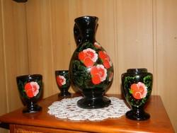 Antik kézzel festett kerámia készlet kiöntő poharakkal