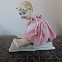 ENS német porcelán kislány figura  /  1397