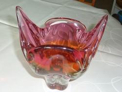 Gyönyörű színű és csillogású üveg asztalközép kínáló hibátlan minőségben, vitrin állapotban