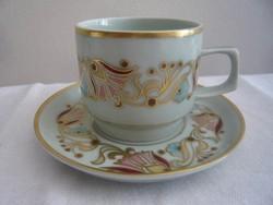 Zsolnay fajansz csésze