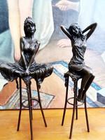 Meszép bárhölgy bronz szobrok