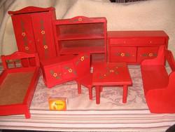 Festett fa játék bútor
