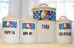 4 db fedeles porcelán fűszertartó, rózsamintával