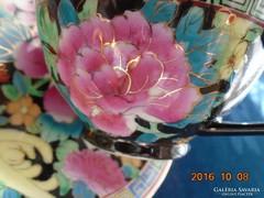 Aranykontúrozott-Famille Noir-Mille Fleur-teás csésze alátéttel (3)