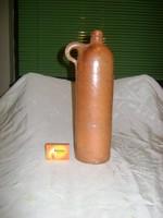 Régi agyag korsó, butella, palack