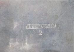 Cukordoboz HERMANN jelzéssel az alján vastagon EZÜSTÖZÖTT