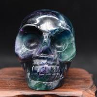 Egyedi szivárvány Fluorit ásvány koponya