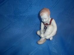 Aquincum porcelán fiúcska