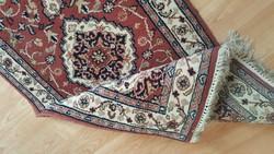 Kézicsomozású  perzsa szőnyeg