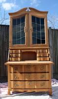 Neobarokk, világos tölgyfa szekreter,tálaló, vitrin
