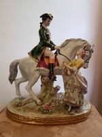 Hatalmas jelzett Sitzendorf porcelán lovon ülő férfi társalog egy hölggyel