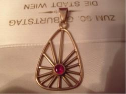 Antik arany 14-k medál közepén rubint tal art decó ritkaság eladó