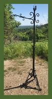 Kovácsoltvas állólámpa 165cm