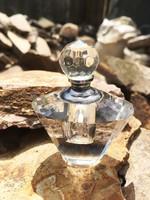 Csiszolt kristály parfümös üveg