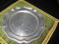 Ón tányér  ,jelzett,  228 mm