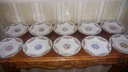 Zsolnay 10 db magyaros mintás süteményes tányér