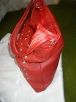 Hatalmas pakolós vajpuha borjúbőr bőr táska piros 45x37x5