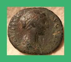 Római Faustina II  130-175   Marcus Aurelius felesége  ,  folis