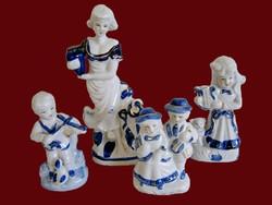 4 db fehér porcelán figura kék és aranyozott festéssel
