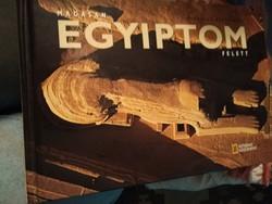 Könyv. Egyiptom felett