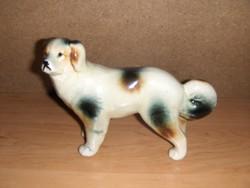 Régi porcelán kutya figura hossz 17 cm, mag. 13 cm (po-1)