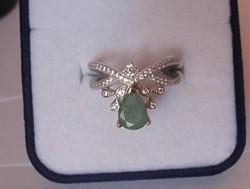 Egyedi, tiarás ezüst gyűrű csodaszép, valódi smaragd kővel
