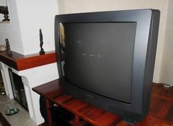 RETRO AJÁNDÉK vagy HASZNÁLATRA THOMSON 94 CM ÓRIÁSKÉPERNYŐS LUXUS TV HI-FI 100 HZ TXT ZOOM SZINTE ÚJ
