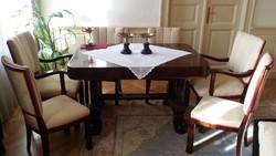 Étkező asztal székekkel