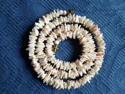 Régi halvány púder korall nyaklánc